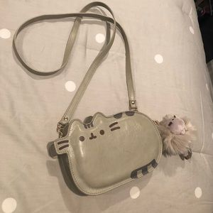 PUSHEEN handbag with bonus fluff charm 😻